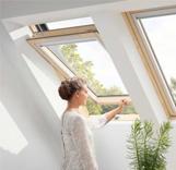 חלון גג ציר אמצעי