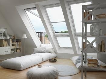 חלון גג מרפסתי -  Balcony