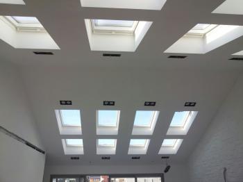 חלונות גג חשמליים בנווה צדק