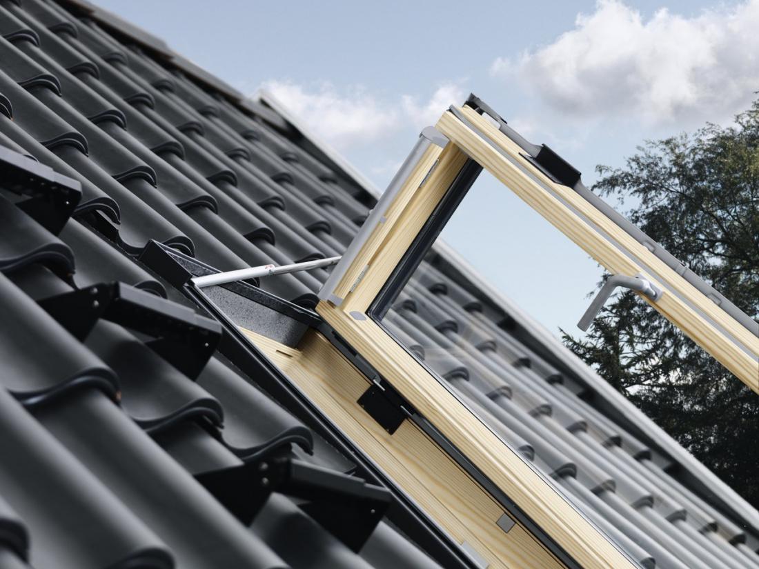 חלון גג ציר דלת GXL VELUX