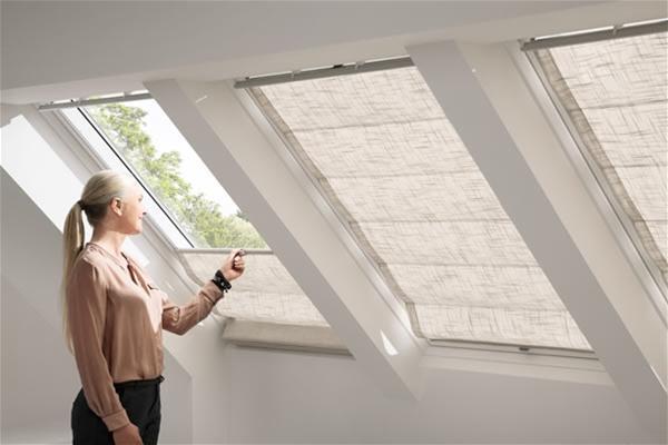 וילון רומאי לחלונות גג VELUX